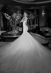 Prachtige mermaid bruidsjurk - Trouwteam