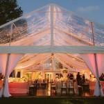 Een tent bruiloft
